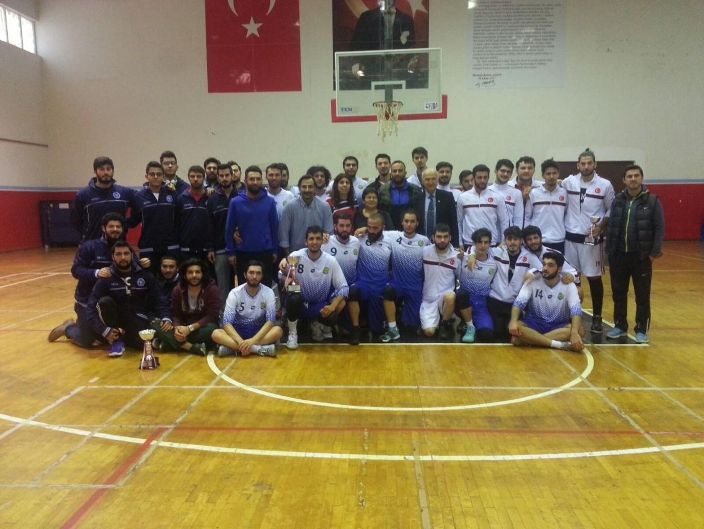 Çağ Üniversitesi Basketbol Takımımızı Tebrik Ederiz